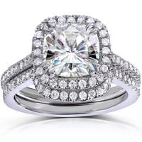 Annello by Kobelli 14k White Gold 2 1/2ct TGW Cushion-cut Moissanite (HI) and Diamond Halo Bridal Rings Set (2 Piece Set)