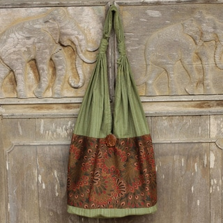 Hand-crafted Cotton 'Green Flourish' Shoulder Bag (Thailand)