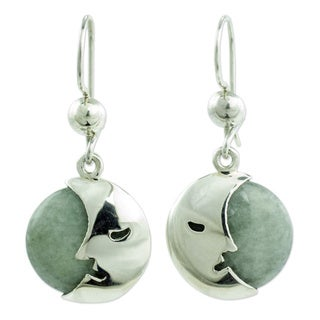 Handmade Sterling Silver 'Cool Crescent Moon' Jade Earrings (Guatemala)