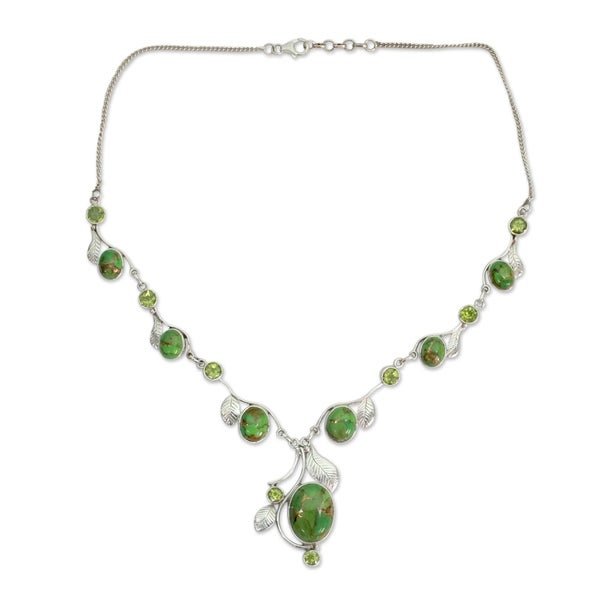 1d7d790af Handmade Sterling Silver Dew Blossom Peridot Y Curb Necklace (India) -  7'
