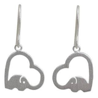 Handmade Sterling Silver 'Heartfelt Elephants' Earrings (Thailand)