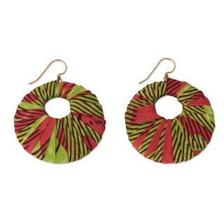 Handcrafted Sheesham Wood Cotton 'Ewuradjoa' Dangle Earrings (Ghana)