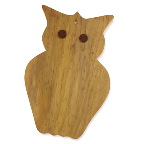 Handmade Pinewood 'Midnight Owl' Cutting Board (Guatemala)