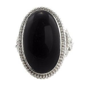 Handmade Black Jade 'Black Floral Embrace' Sterling Silver Cocktail Ring (Guatemala)