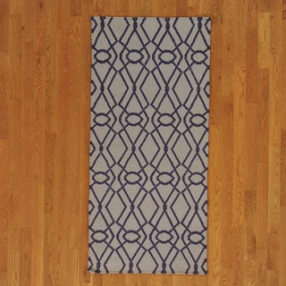 Hand-woven Hand Woven Wool Durie Kilim Runner Rug (3' x 6')