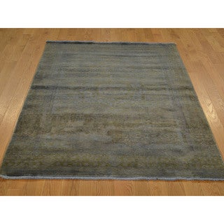 Hand-knotted Silver Over-dyed Mamluk Wool Rug (4' x 6')