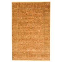 Herat Oriental Indo Hand-knotted Mahal Light Brown/ Green Wool Rug (5'8 x 8'6) - 5'8 x 8'6