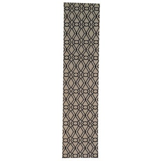 Hand-woven Oriental Reversible Wool Runner Rug (2'9 x 11'9)