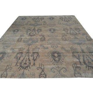 Hand-knotted Rayon from Bamboo Silk Modern Beige Ikat Design Wool Rug (2' x 2')