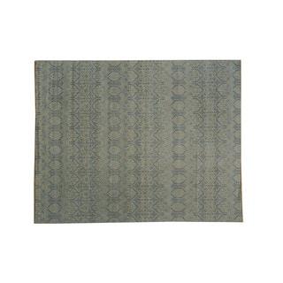Ikat Design Pure Wool Oriental Rug (8'1 x 10'2)