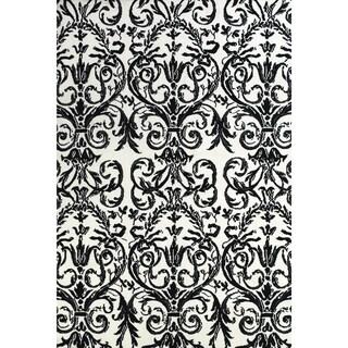 "Grand Bazaar Power Loomed Polyester Karlin Rug in Ebony / White 2'-6"" x 8'"