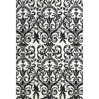 Grand Bazaar Power Loomed Polyester Pia Rug in Ebony / White 2' x 3'