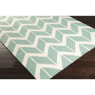 Hand-woven Ora Reversible Wool Rug (8' x 11')