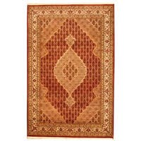 Herat Oriental Indo Hand-knotted Tabriz Wool and Silk Rug (6' x 9') - 6' x 9'