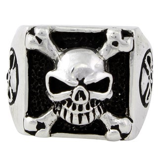 Sterling Silver Armed and Dangerous Skull Ring