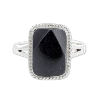 Handmade Sterling Silver 'Black Maya Princess' Black Jade Ring (Guatemala)