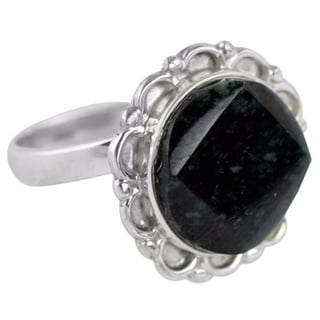 Handmade Sterling Silver 'Dark Forest Moon' Jade Ring (Guatemala)