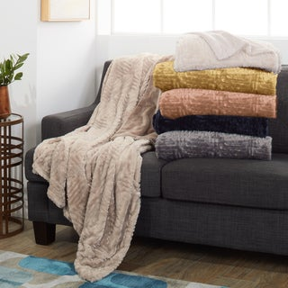 Amrapur Overseas Plush and Cozy Faux Fur Throw