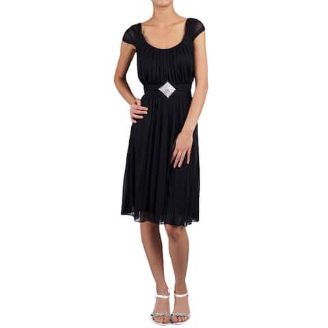 Women's Cap Sleeve Diamond Brooch Short Dress