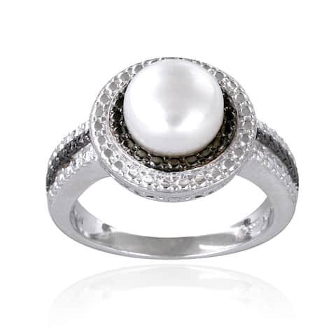 Glitzy Rocks Sterling Silver Freshwater Pearl Black Diamond Ring (8 mm)