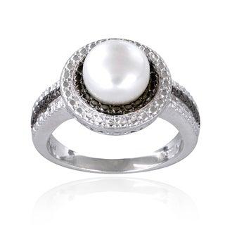 Glitzy Rocks Sterling Silver Freshwater Pearl Black Diamond Ring (8 mm)