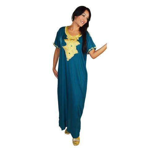 Handmade Moroccan Women's Andalusia Cotton Long Caftan with Gold Embroidered Fiber (Morocco)