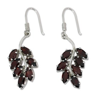 Handmade Sterling Silver 'Scarlet Blaze' Garnet Earrings (India)