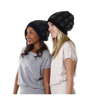 Hadari Women's Black and Navy Casual Knit Beanie (Set of 2)