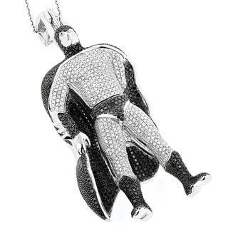 Luxurman 10k White Gold 4ct TDW White and Black Batman Diamond Pendant (Black, SI1-SI2, H-I, SI1-SI2