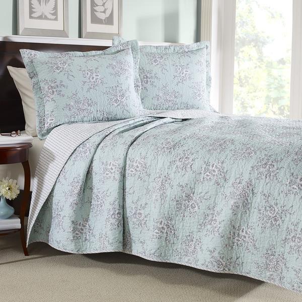 Shop Laura Ashley Cotton Cielo Reversible 3-piece Quilt