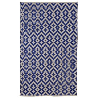 Samsara Indigo and Natural Geometric Area Rug (3' x 5')