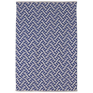 Mudra Indigo and Natural Geometric Area Rug (6' x 9')