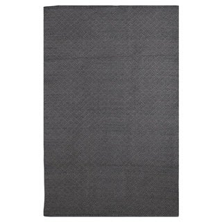 Karma Black and Grey Geometric Area Rug (4' x 6')