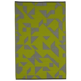 Santa Cruz Lime and Grey Area Rug (5' x 8')