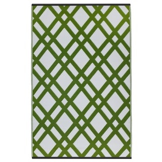 Dublin Lime Green and White Area Rug (5' x 8')