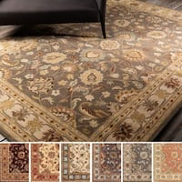 Hand-tufted Nia Traditional Wool Area Rug (2' x 3')