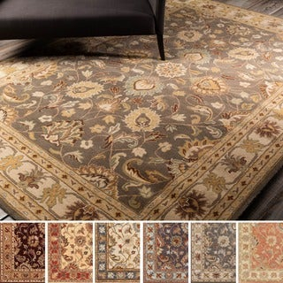 Hand-tufted Nia Traditional Wool Rug (4' x 6')
