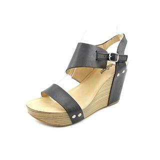 Lucky Brand Women's 'Marleighh' Leather Sandals