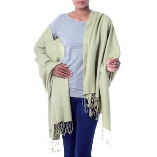 Handmade Wool Silk 'Minty Green' Shawl (India)