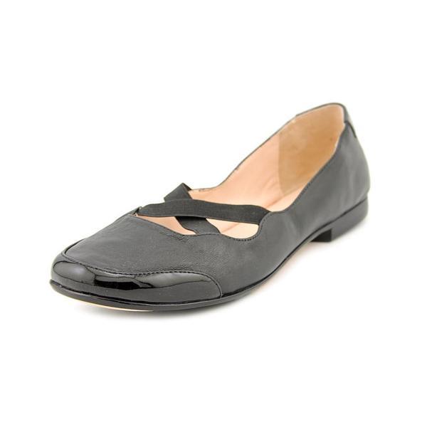 b5a0ec3b425d Shop Taryn Rose Women s  Bethany  Leather Casual Shoes - Free ...