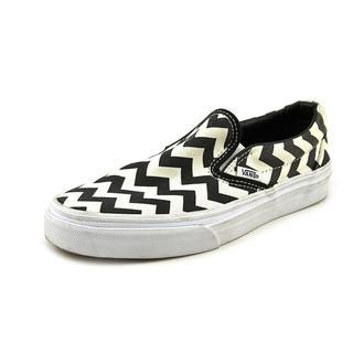 Vans Women's 'Classic Slip-On' Basic Textile Athletic Shoe