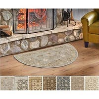Hand-tufted Nick Traditional Wool Area Rug (2' x 4' Hearth)