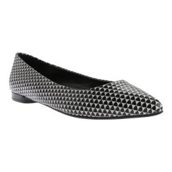 Women's Nine West Onlee Pointed Toe Flat Black/White Leather