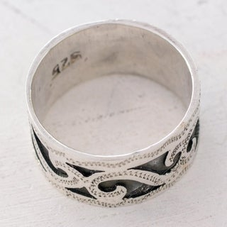 Handcrafted Sterling Silver 'Rolling Waves' Band Ring (Guatemala)