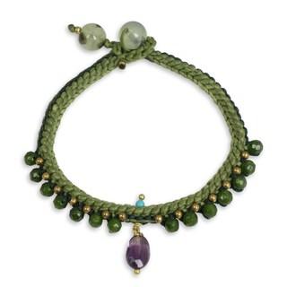 Handmade Quartz Amethyst 'Mae Sa Jungle' Beaded Bracelet (Thailand)