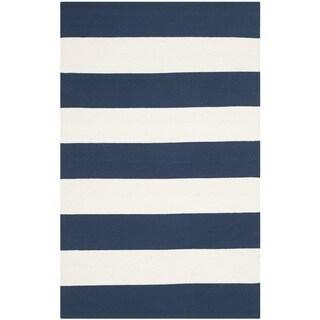 Safavieh Hand-woven Montauk Navy/ Ivory Cotton Rug - 2'6 x 4'
