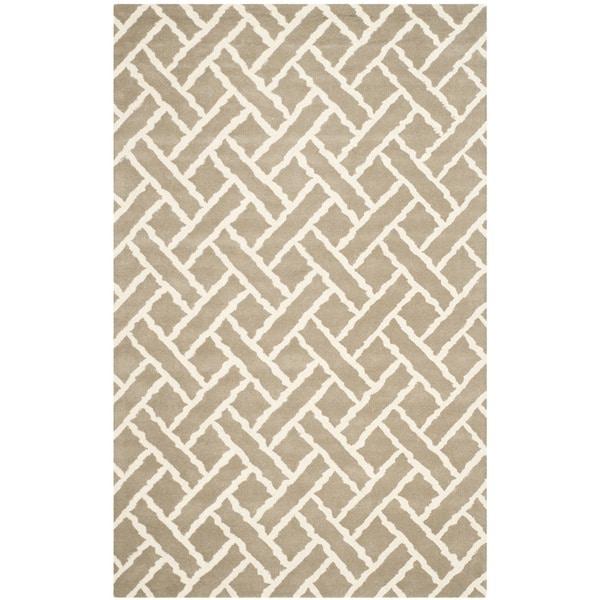 Safavieh Handmade Chatham Beige/ Ivory Wool Rug (6' x 9')