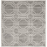 Safavieh Amherst Indoor/ Outdoor Grey/ Light Grey Rug - 7' Square