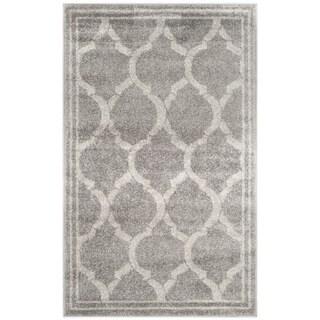 Safavieh Indoor/ Outdoor Amherst Grey/ Light Grey Rug (2'6 x 4')