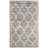 Safavieh Indoor/ Outdoor Amherst Grey/ Light Grey Rug - 2'6 x 4'